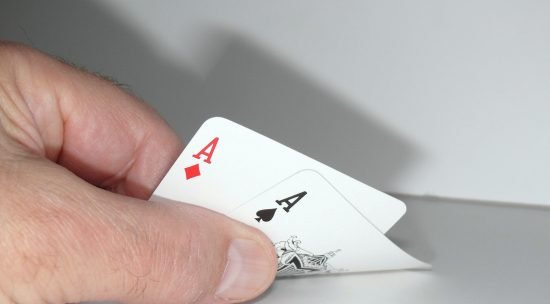 How a Hand is Played